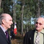 Georges Durou, président de l'Association et Alain Lagardère, président de l'ANCAC lors de l'hommage sur la première enceinte